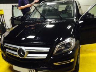 Mercedes-Benz GL - оклейка антигравийной плёнкой + тонировка стекол