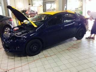 Ford Focus - оклейка желтой пленкой для такси