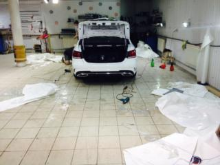 Mercedes-Benz E Series AMG - полная оклейка антигравийной плёнкой